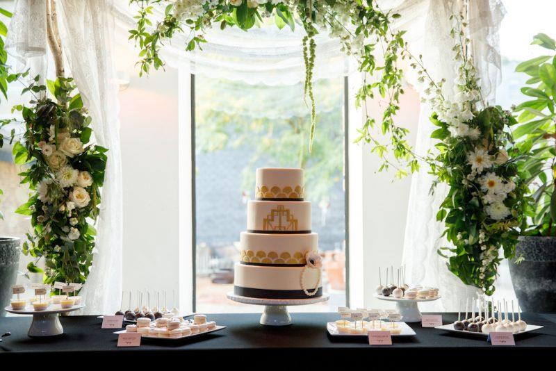 J wedding cake