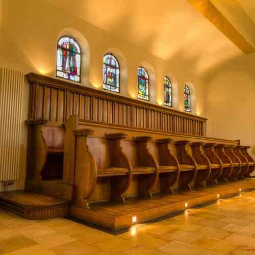 Kerkbanken  Domani Aangepast